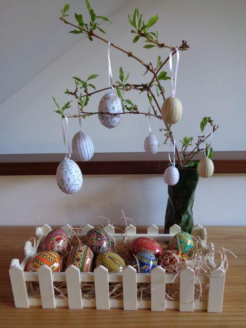 Easter decorations - Decorazioni pasquali https://lefotodiluisella.blogspot.it/2017/04/collezione-uova-decorazioni-pasqua.html