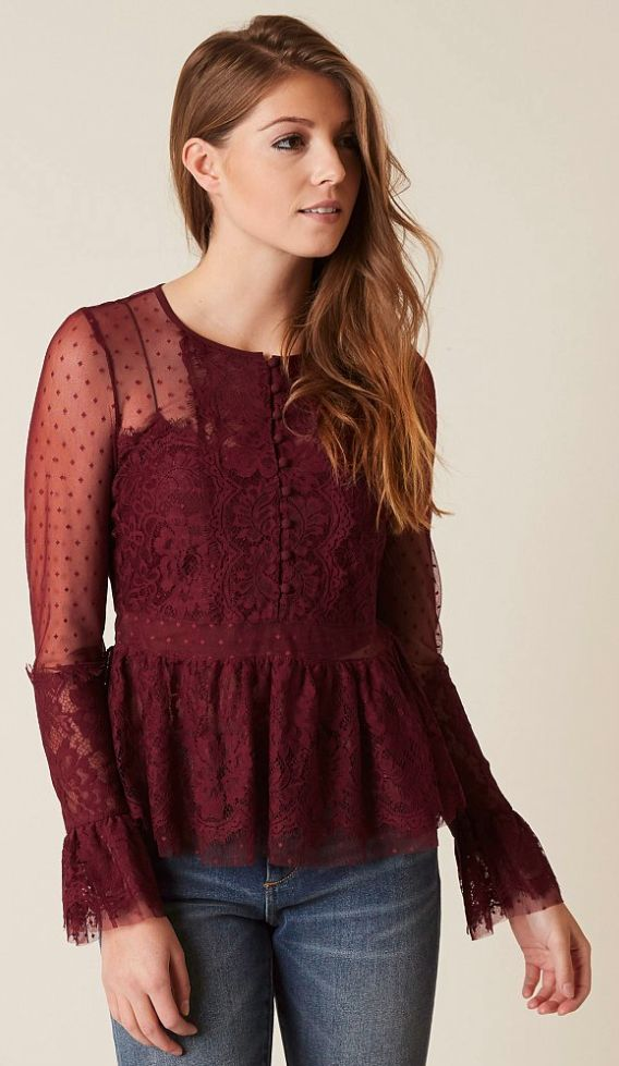 What to Wear for the Holidays : Romeo & Juliet Lace Blouse   Buckle