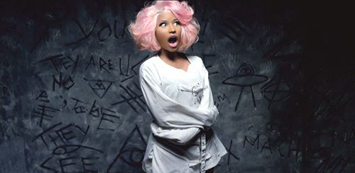 "B.O.B. e Nicki Minaj, ""Out of My Mind"" ou Como fazer Controle Mental Divertido | Knowledge is Power"