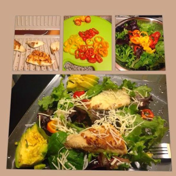 Grilled Tilapia with Sweet Peppers Salad by Living in Mommywood