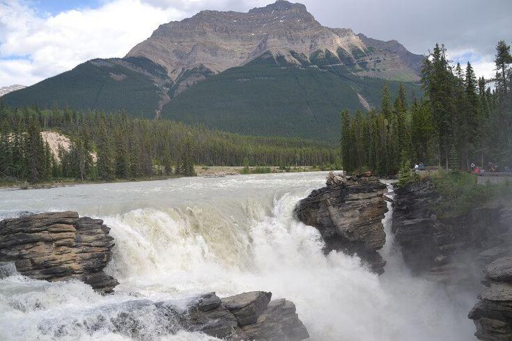 CANADA: I De canadiske Rocky Mountains møder man noget af den mest flotte natur i verden, og det glæder ens øjne. #ferie #rejser