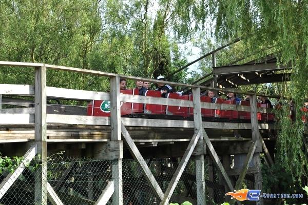 20 best tonnerre de zeus parc asterix france images on Roller adresse