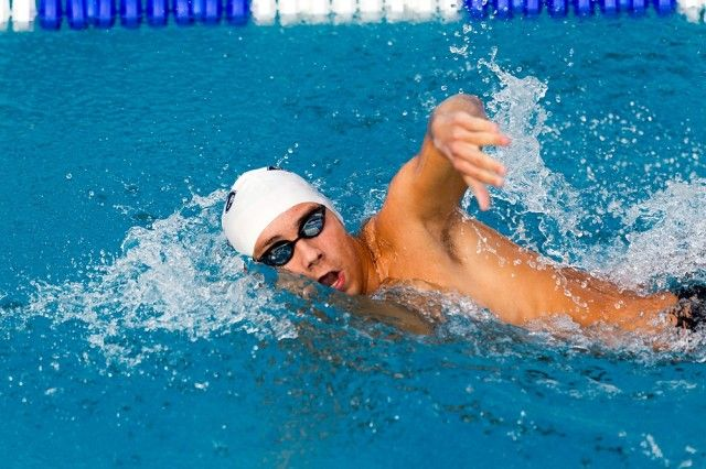 This Hiit swimming workout has been developed to help you gain maximal results in minimal time. This workout is based on high intensity interval training principles.