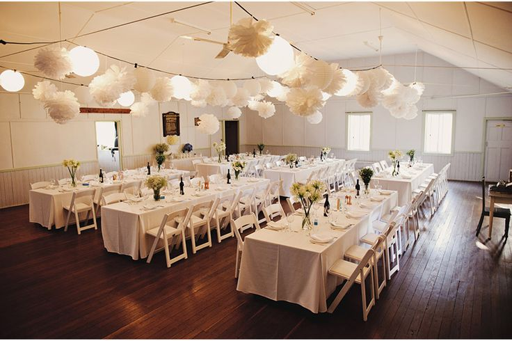 The little hall that most of us would have in our country towns...what a gorgeous reception do!