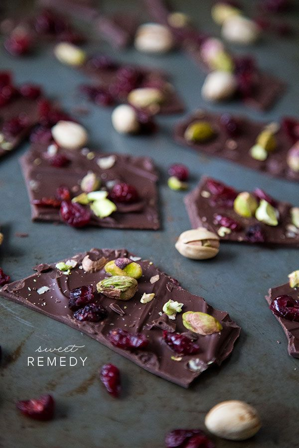 Cranberry + Pistachio Chocolate Bark from @Karen Jacot Darling Space & Stuff Blog | Sweet-Remedy.com