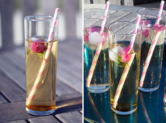 Flower Sun Tea | 15 Sweet Tea Treats