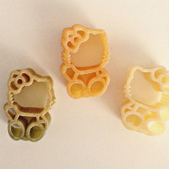 Hello Kitty pasta shapes ^_^
