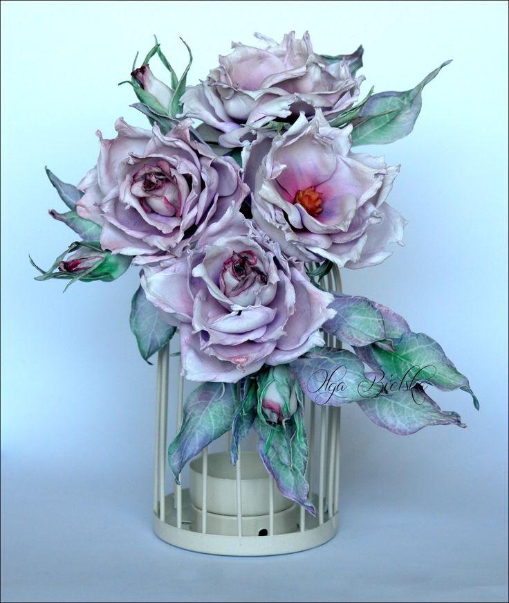 Dzikie róże z foamiranu jedwabnego. / Foamiran roses.