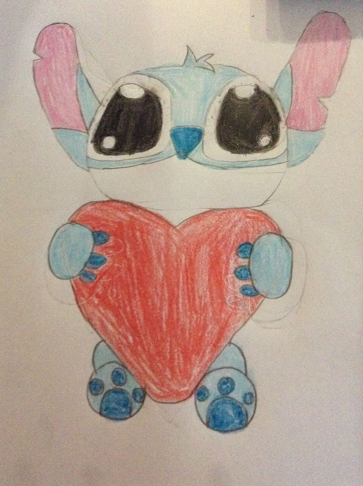 I <3 stitch! Drawing found on Google, but drawn by me!