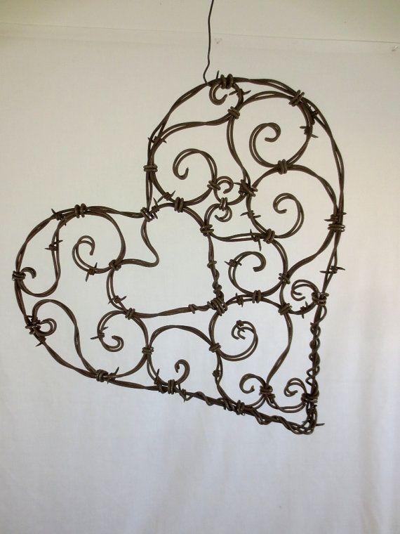 Hermosa 12 corazón de alambre de púas Spirillian de
