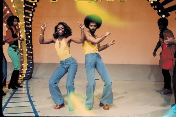 soul train | Soul-Train-Dancers_Soul-Train-Photo-Exhibition_magnum.jpg