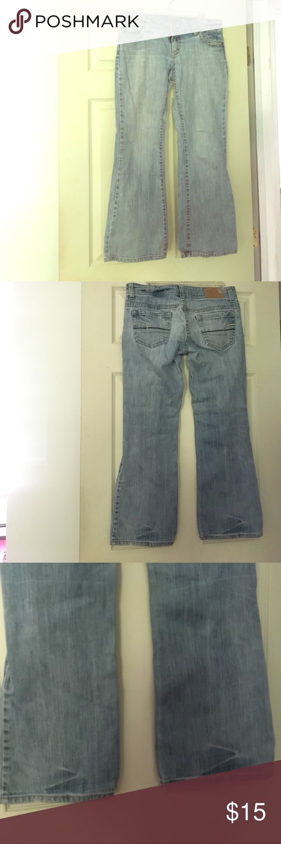 """American Eagle Jeans """"Artist"""" Worn but still has life. Size 8 """"Short"""". Jean material a little thinned in the crotch area but still intact- no holes! Bottoms are not torn American Eagle Outfitters Jeans Flare & Wide Leg"""