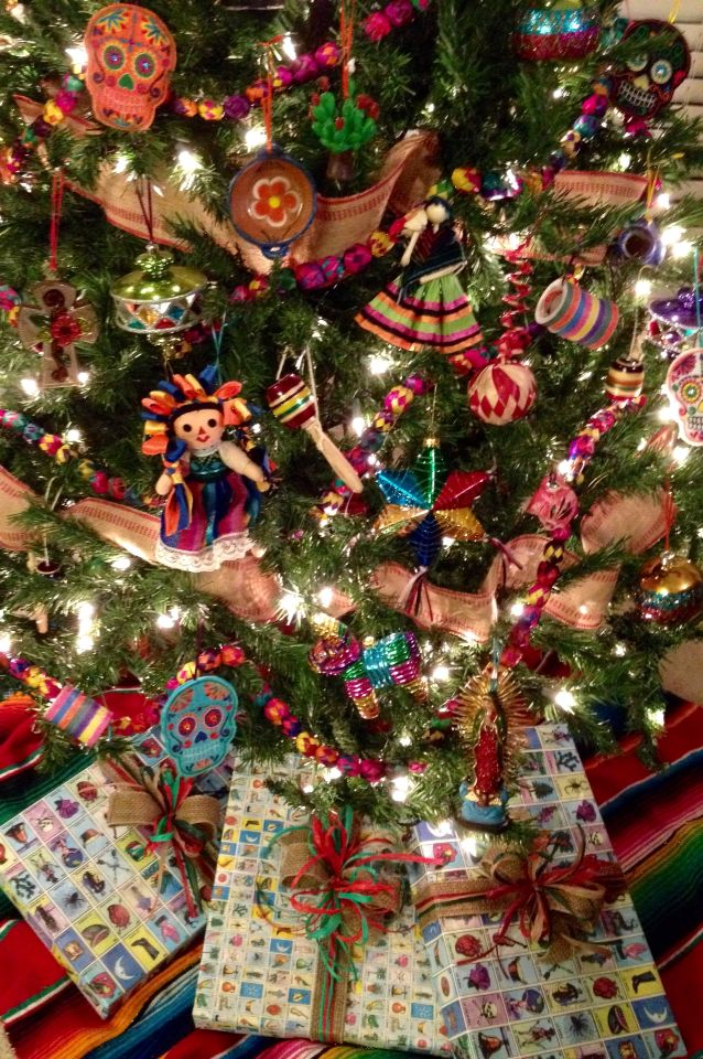 My 2014 Mexican Christmas Tree. Lotería, jute, and raffia gift wrap.
