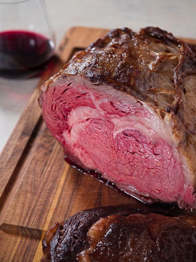 Sous Vide Boneless Ribeye Roast - want a big roast for a party? Sous vide gives you perfect medium-rare plus, edge to edge, with a red wine sauce. From DadCooksDinner.com via @DadCooksDinner