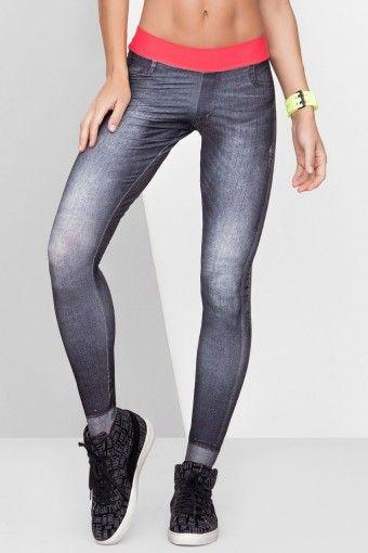 Calça Fuso Live com Estampa Jeans - Feminina | Treino e Corrida - Preto e Rosa - Loja de Artigos Esportivos | Tênis para corrida | Treino e Corrida | Tênis Nike | Tênis Adidas | Tênis Asics {marca}