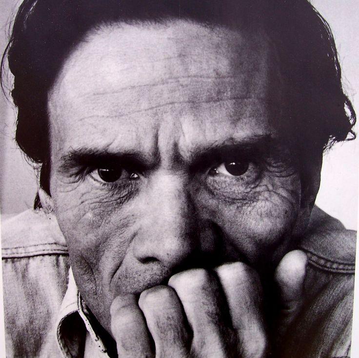 Pier Paolo Pasolini, spesso evocato in questi giorni