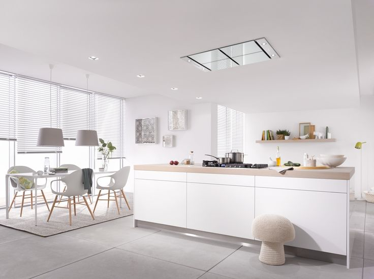 When creating an open plan living space, it is important to keep the lines of the kitchen continuous and smooth with hidden and streamlined appliances so there are no distractions to the overall feel of the space. Head to our blog Der Kern by Miele for our top appliance solutions for achieving an uninterrupted, contemporary design