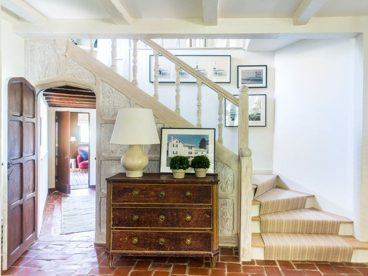 25 Years Of Beautiful Living Rooms: Best 25+ Entry Stairs Ideas On Pinterest