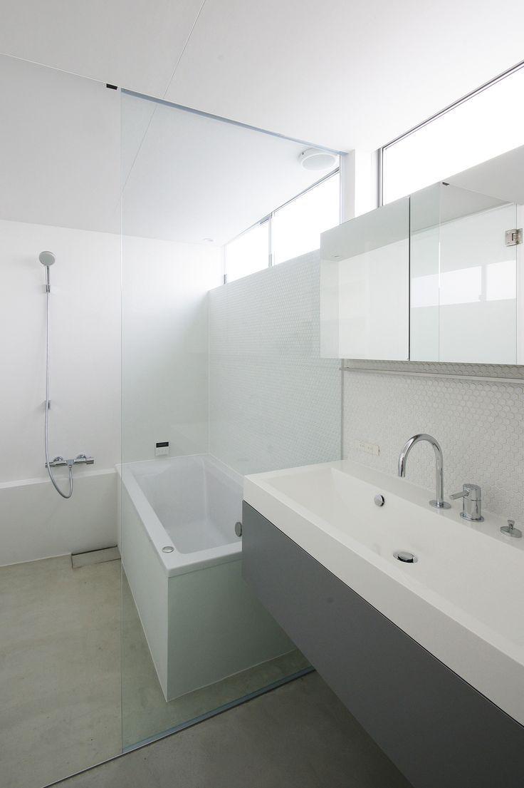サクラ ノマド 2018年竣工 洗面脱衣室と在来工法の浴室