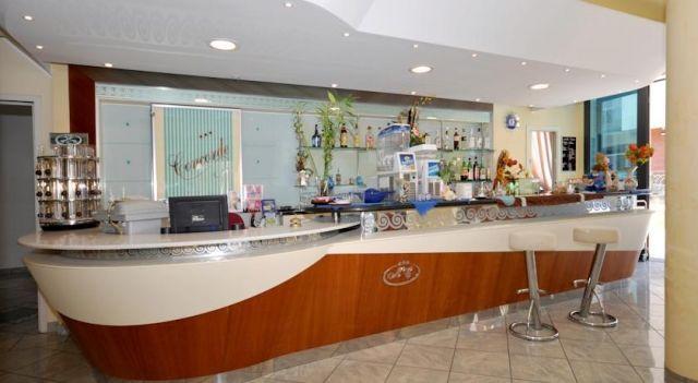 Hotel Concorde - 3 Star #Hotel - $81 - #Hotels #Italy #Cesenatico http://www.justigo.uk/hotels/italy/cesenatico/concorde-cesenatico_126981.html
