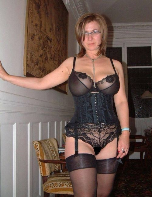 image Velvets swingers club real amateur mature couples swapping