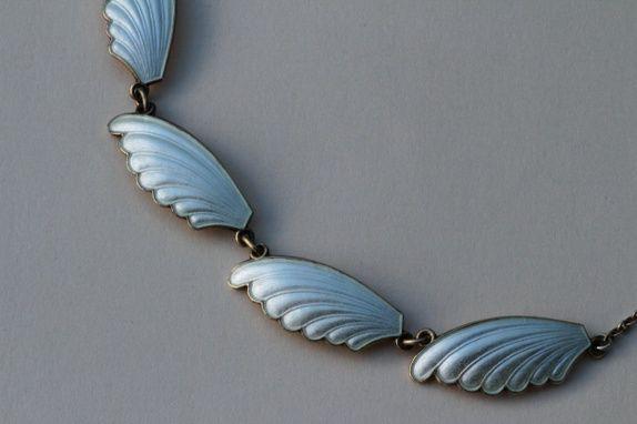 H.C. Østrem. Halskjede i sterling sølv og emalje. Vintage