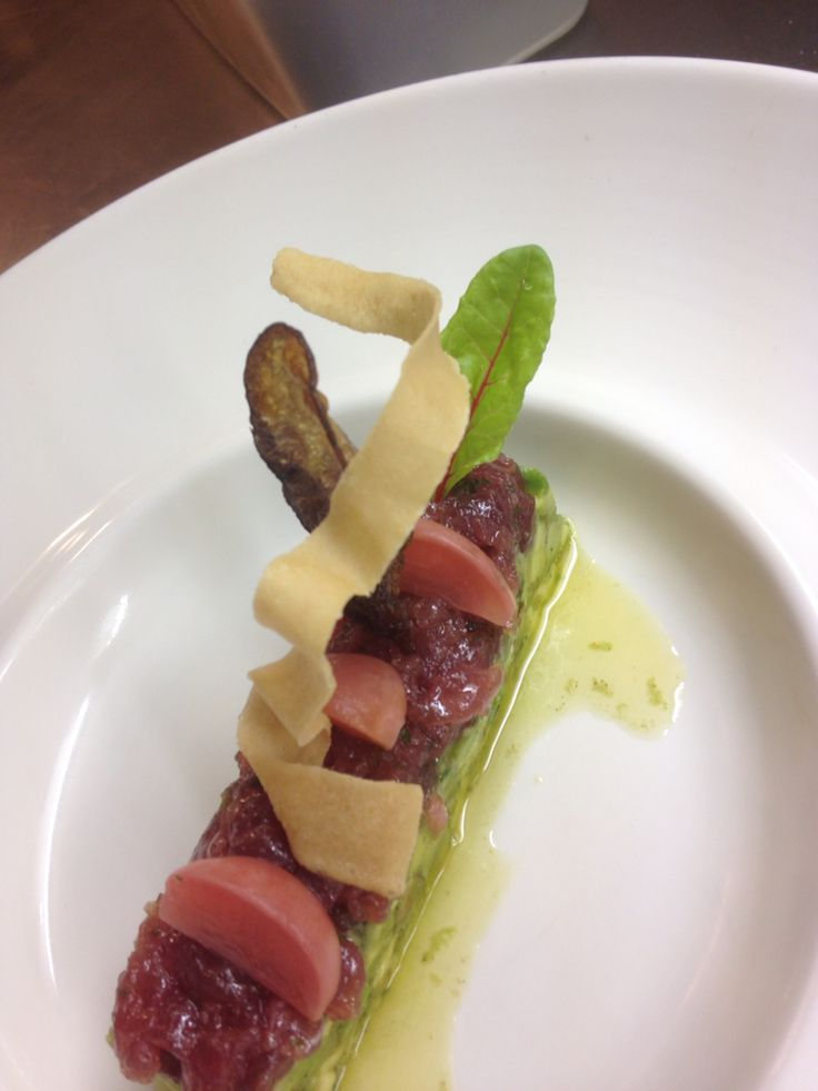 Marineted raw tuna fish with advocado. Restaurant Zina Bosboomtoussaintstraat 70 Amsterdam