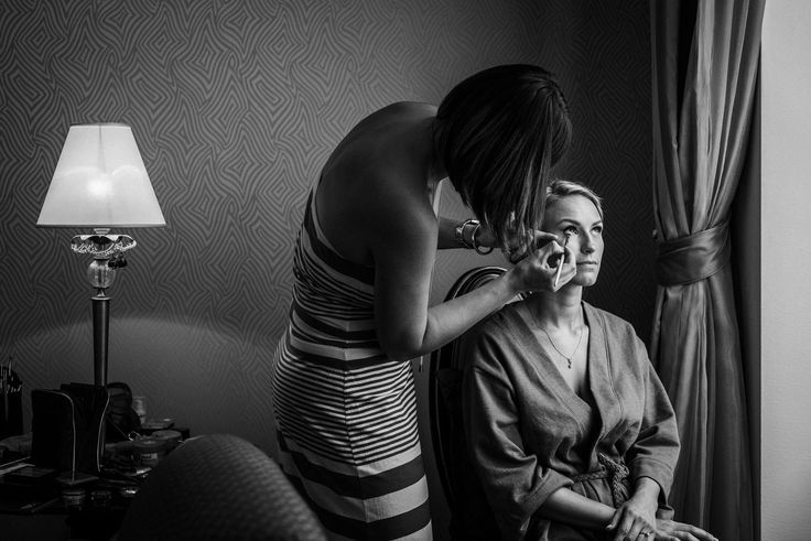 Bride makeup at Boscolo Hotel Budapest by Archivo Weddings