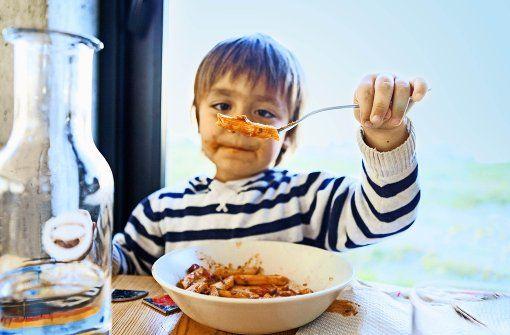 Auch Kinder - und Eltern mit Kindern - kommen in Stuttgart gastronomisch voll auf ihre Kosten - wo genau, steht in unserem neuen Gastroführer 10x10 - Stuttgarts beste Restaurants. Foto: Mauritius