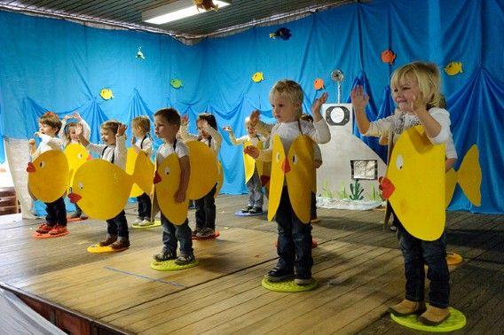 Leuk idee: Verkleed de kinderen als Winvis, Guppo, Bella en Blauwe Bart en speel het verhaal van Winvis na.