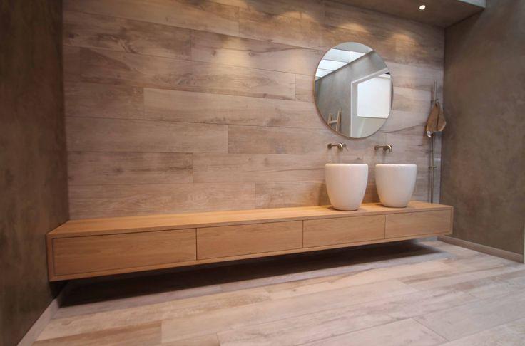Houten wastafel Luca Wood met hoge waskommen via Luca sanitair