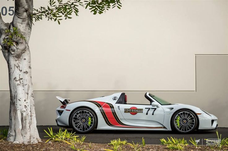17 best ideas about porsche 918 on pinterest porsche 2015 sports cars and porsche sports car. Black Bedroom Furniture Sets. Home Design Ideas