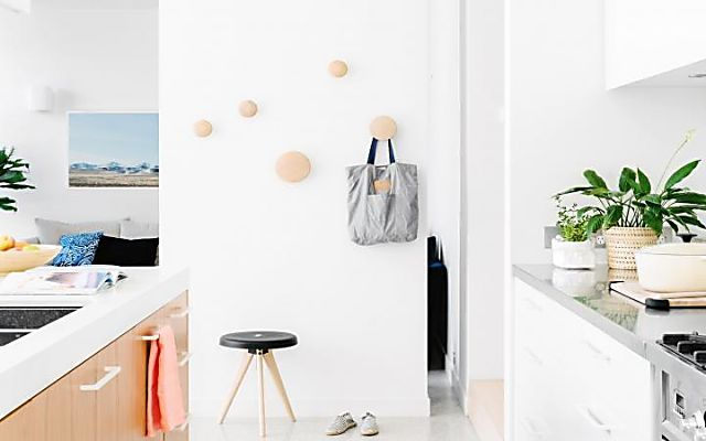 10 simple daily tasks that will help combat clutter