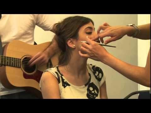 Violetta en Vivo: Tini prepara su voz - YouTube