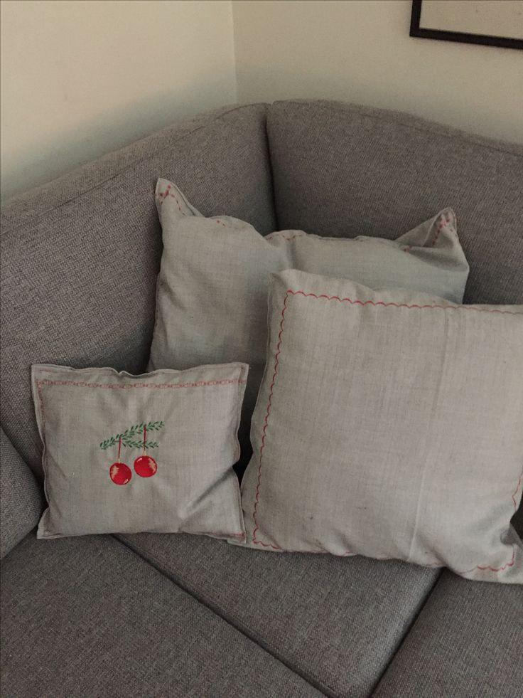Joulutyynyjä/julkuddar/ Christmas pillow with thread from ABC embroidery design