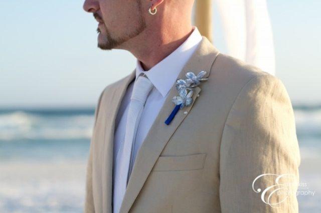 Grooms Beach Wedding Attire | Cool Beach Wedding Groom Attire | Weddingomania