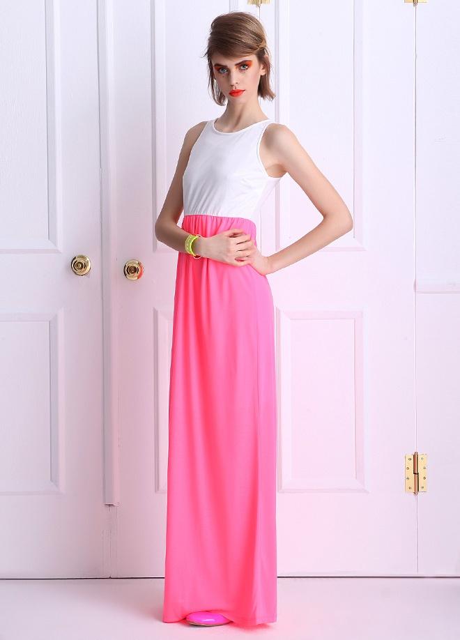Miss Selens Arkası fermuarlı neon elbise Markafonide 64,99 TL yerine 24,99 TL! Satın almak için: http://www.markafoni.com/product/3712312/