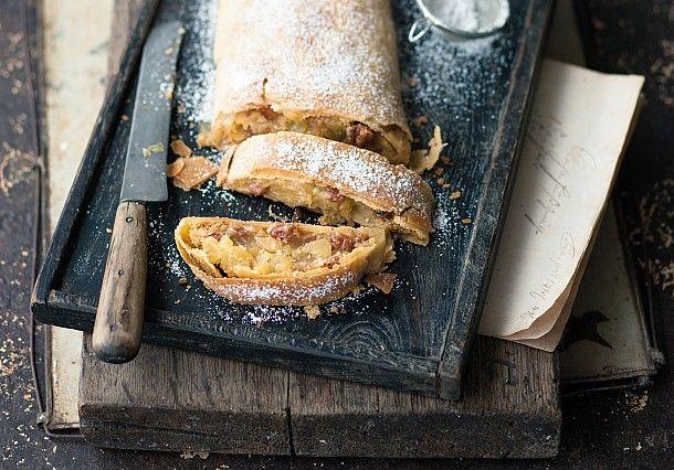 Réalisez notre recette de strudel aux pommes, l'un des plus fameux desserts autrichiens.