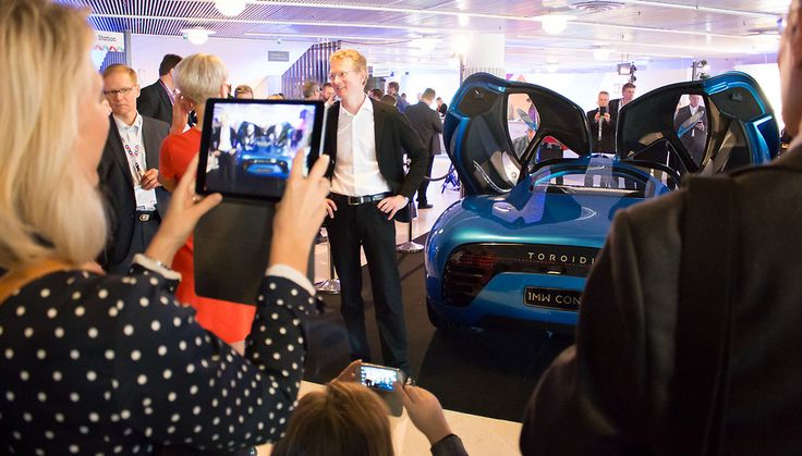 Seize the moment! The IBM BusinessConnect 2015 –event is always full of inspiration and innovation, also full of new thoughts on building success stories from data and your knowhow.  One of the IBM BusinessConnect 2015 Keynote Speakers was CEO Pasi Pennanen. The Toroidion 1MW Concept was exhibited in the lobby of Finlandia Hall, Helsinki, Finland.
