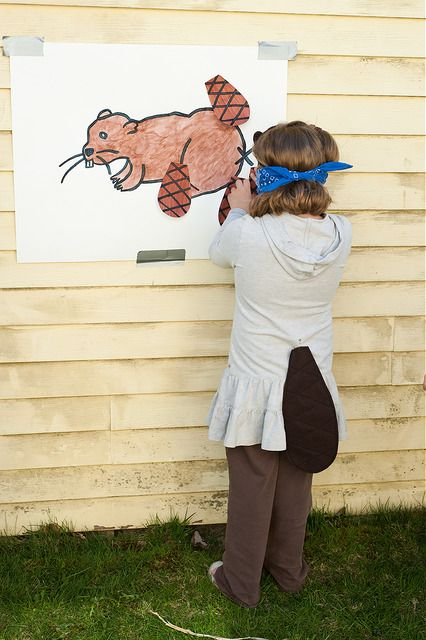 Pin the tail on thebeaver