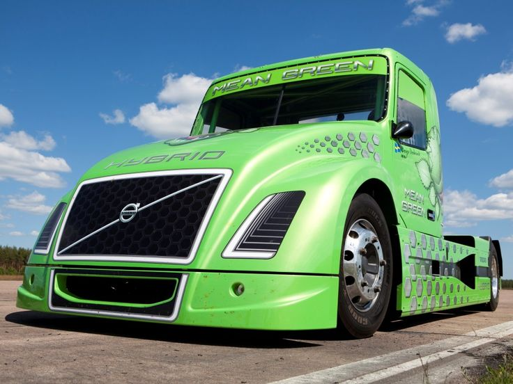 Volvo's new hybrid truck: the Mean Green