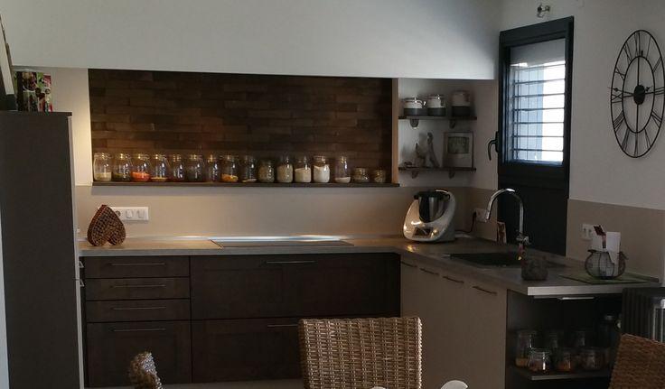 les 25 meilleures id es de la cat gorie briquette de parement sur pinterest briquette parement. Black Bedroom Furniture Sets. Home Design Ideas