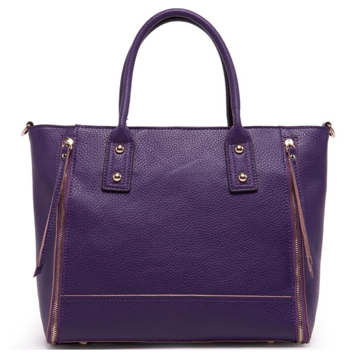 For more Téa & Elle Handbags pop on over to www.teaandelleboutique.com