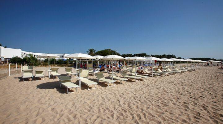 Spiaggia Attrezzata Hotel Flamingo Pula Sardegna