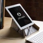 Plicopá Carboard iPad Case Unfolds Into A Sturdy Stand
