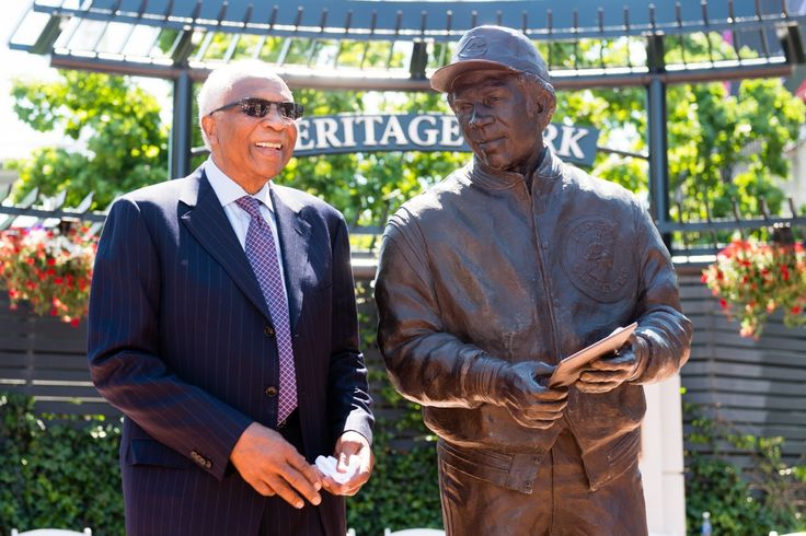 Frank Robinson laments racial disparity in MLB as Indians unveil statue of him     Former Cleveland Indians supervisor and participant Frank Robinson stands along with hisnew statue commemorating his profession. (Jason Miller/G...