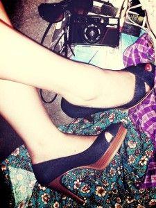#scarpe #look #plateau #tacchi #zeppa #sexy #modelli #tendenze #primavera #estate #fashionblog #fashionblogger  http://specchioedintorni.it/moda/2012/07/07/5-modelli-di-scarpe-con-plateau-da-avere-assolutamente_360