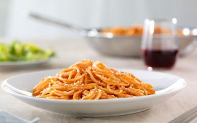 Simple Spaghetti with Creamy Marinara Sauce Recipe | Barilla