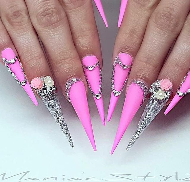 Extreme Stiletto Nails With Barbie Pink Gel Polish Silver Gel Polish And Lots Of Rhinestones Beautiful Stiletto Nails Long Stiletto Nails Pink Nail Designs