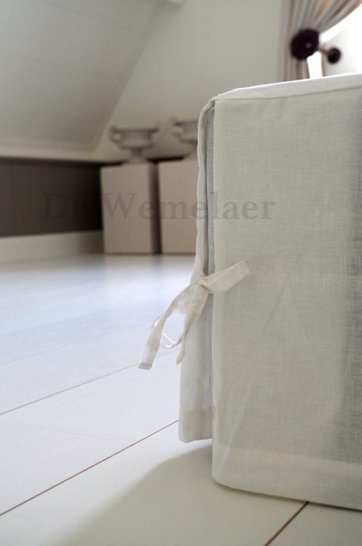 Kan je slaapkamer wel wat extra's gebruiken? Een bedrok is een hoes die je over je boxspring of matras (nog onder het hoeslaken) legt, de rand hangt meestal tot net boven de grond. Een bedrok is bedoeld als extra decoratie…